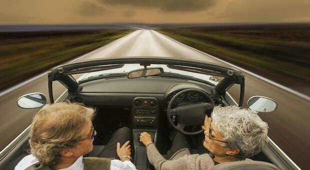 В 70 лет я получила права и начала водить машину