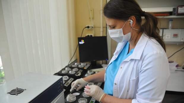 Медики обнаружили в организме человека «биомаркер» тяжелого COVID-19