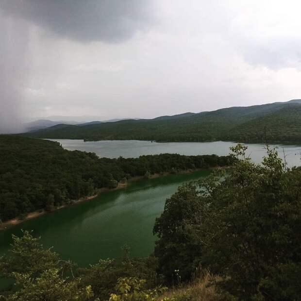 Военные помогут обеспечить Симферополь водой