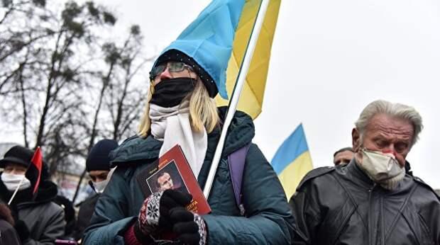 Люди или заложники: как власти Украины на самом деле относятся к народу