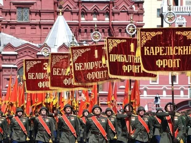"Актера Назарова назвали сумасшедшим из-за стиха о ""бессмысленном параде"""