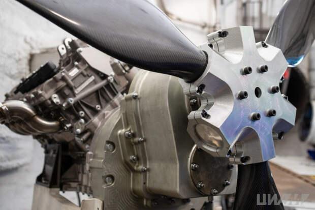 Инженеры из Лефортова разработали двигатели для самолетов-акробатов