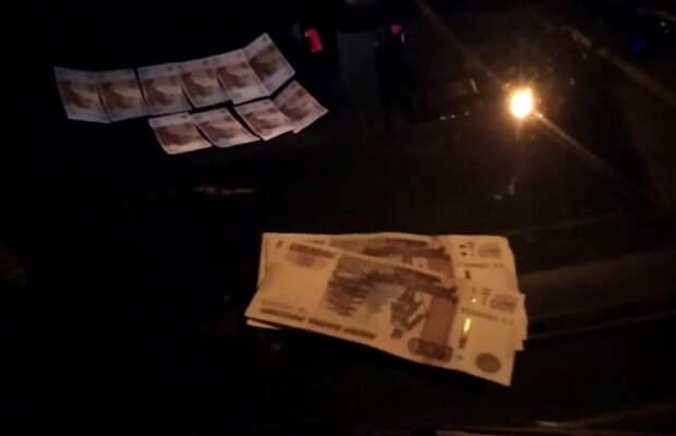 В Евпатории женщина-водитель пыталась дать взятку инспекторам ДПС