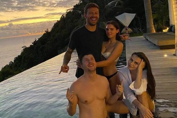 Неравный брак: футболист Федор Смолов женится на внучке Ельцина