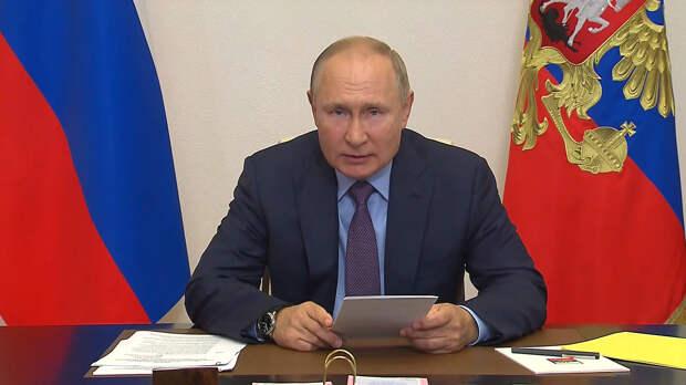 Путин: России нужен сильный и авторитарный парламент