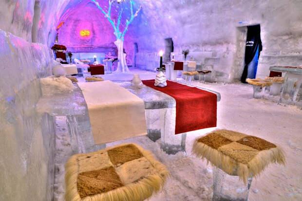 Hotel of Ice Romania @ Chris Burton