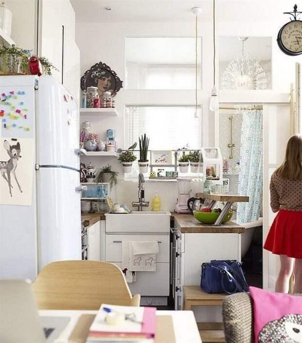 Идеальный столик для маленькой кухни.