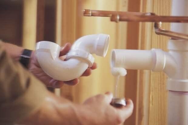 Разрезаем трубу ПВХ