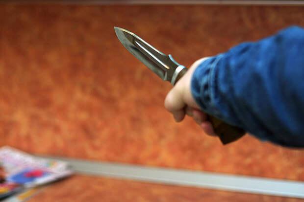 Ученик лицея ранил ножом учителя физики в Пермском крае
