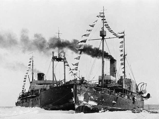 Как советские ученые дрейфовали на льдине 274 дня