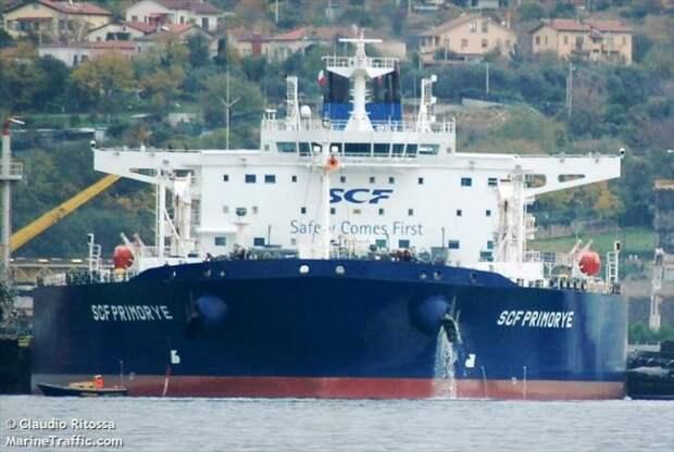 Российские танкеры ушли в офшор: вывозить нефть под флагом России некому