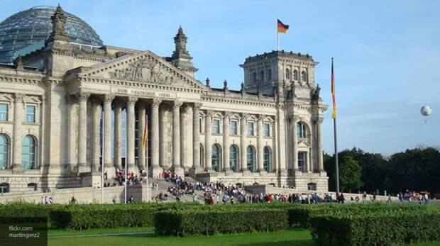 Бундестаг возьмет под контроль дело о пыточной в Мариуполе