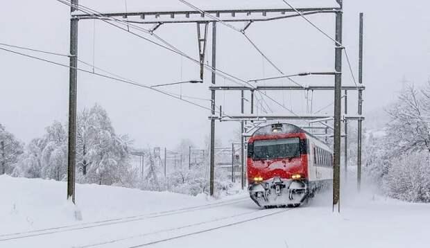 На Кубани из-за погоды задержан ряд поездов