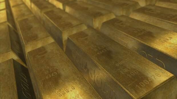 Великобритания выгребает золотые запасы России