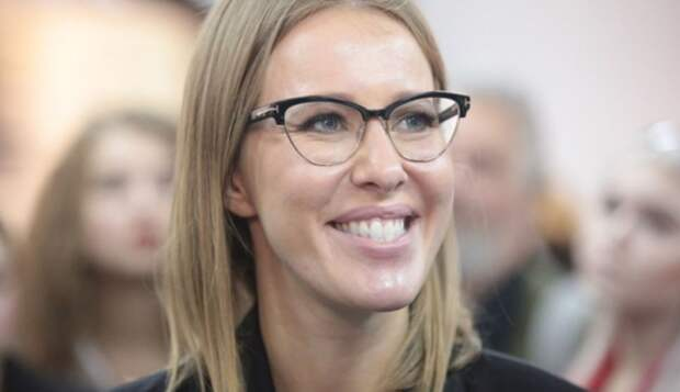Иск на 50 миллионов прилетел Собчак за провокацию на ПМЭФ