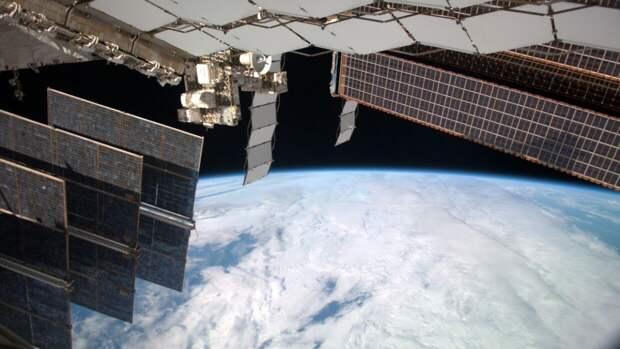 Космонавты с МКС записали видеопоздравление с 9 Мая жителям Земли