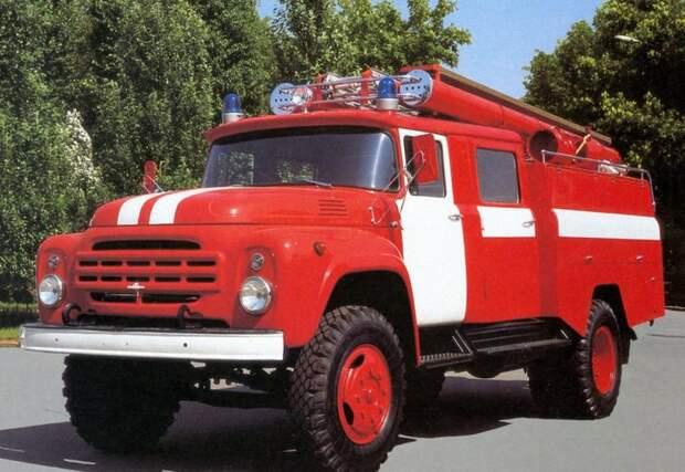 Пожарные Фото: открытый источник