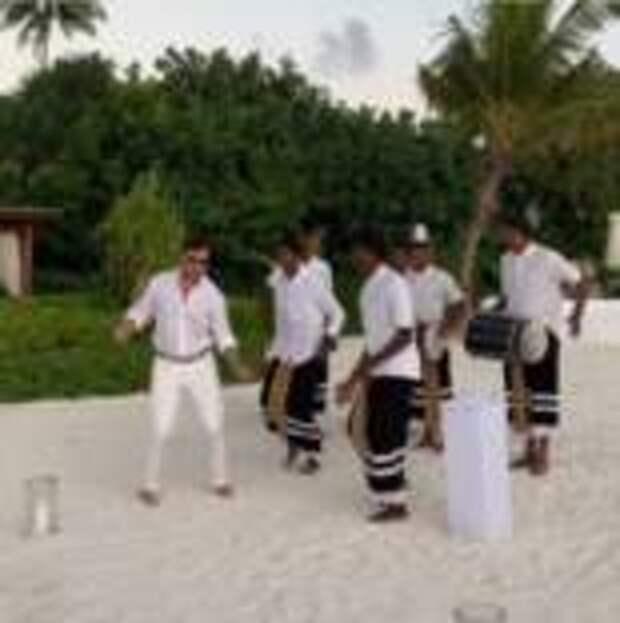 Александр Ревва на Мальдивах сыграл ещё одну свадьбу