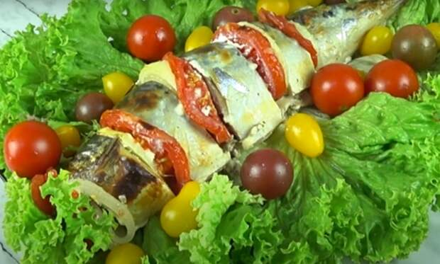 Вкуснейшая скумбрия с овощами