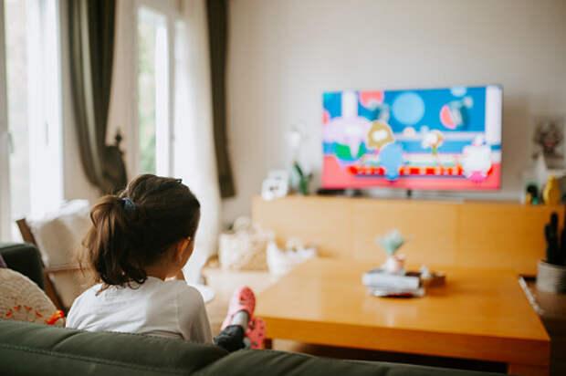 Специалист семейного центра из Лианозова рассказала родителям о воздействии мультфильмов на эмоциональное сознание ребенка