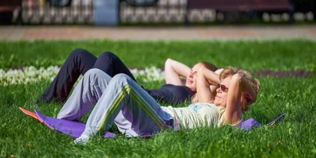 Депутат Мосгордумы Мария Киселёва: Тренировки в парках Москвы помогают быть в тонусе. Фото: mos.ru