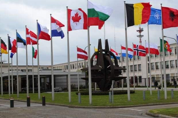 В НАТО решили отказаться от развертывания ядерных ракет в Европе