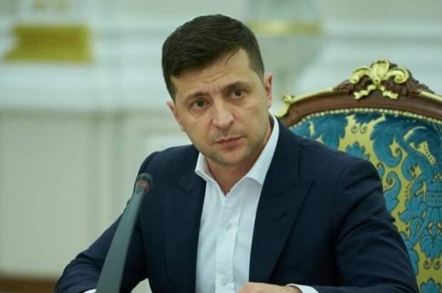 Зеленский подписал закон о мобилизации в случае обострения в Донбассе