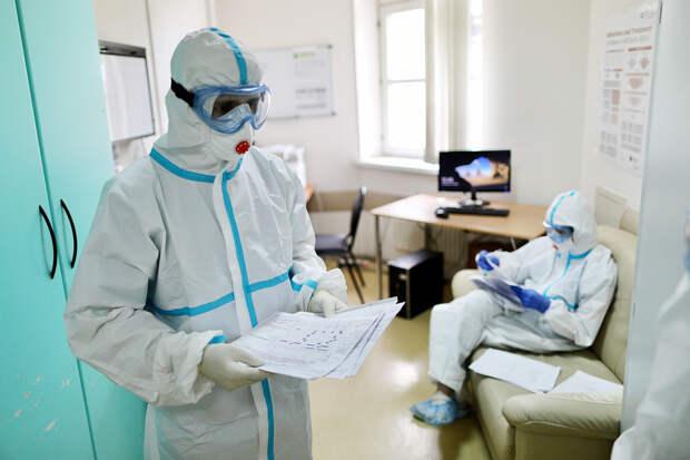Более 18,3 тысячи новых случаев коронавируса выявили в России