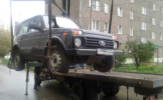 Житель Ижевска рассчитался с полумиллионным долгом после ареста машины