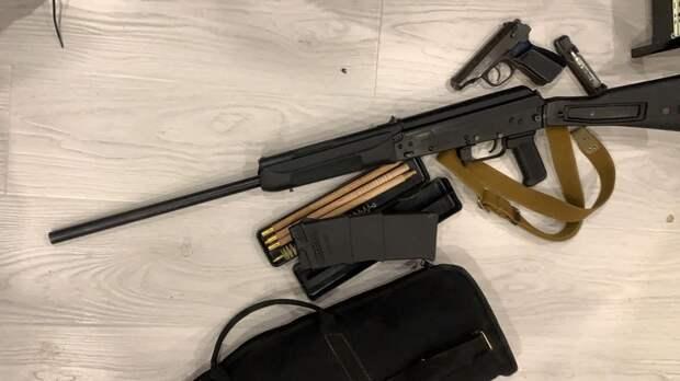 Склад оружия нашли у подозреваемых в покушениях на убийство в Выборге