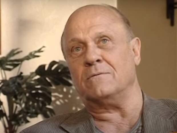 Юлия Меньшова показала одно из последних фото своего отца - Владимира Меньшова