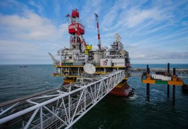"""""""ЛУКОЙЛ"""" ожидает добычу нефти в 2021 году примерно на уровне 2020 года - 73,5 млн тонн"""