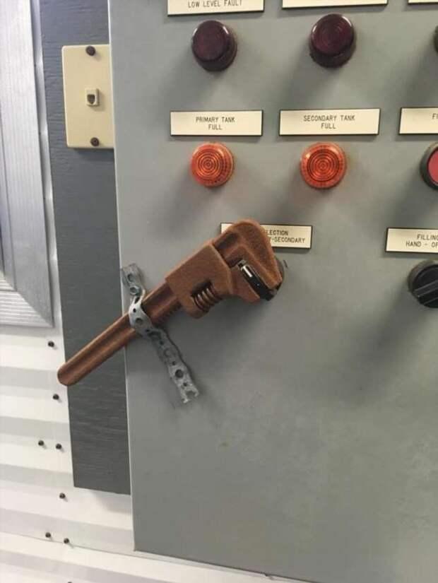 Вторая жизнь гаечных ключей (13 фото)