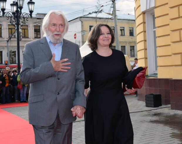 Два брака Станислава Любшина: Почему крепкий семьянин через 40 лет ушёл из семьи и начал всё с нуля