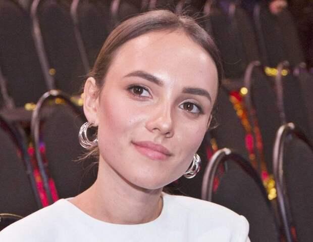 «С ума сойти, такие красотки!»: российские актрисы, при виде которых у мужчин отвисает челюсть. Часть 6