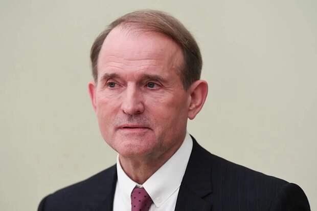 СБУ подозревает Медведчука в передаче секретных сведений о дислокации войск Украины