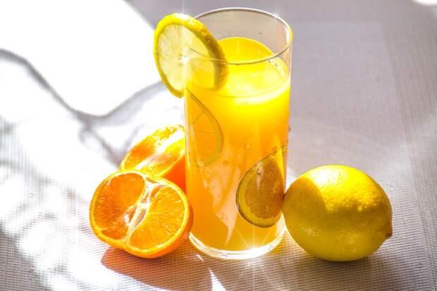 Диетолог объяснила, сколько витамина С нужно потреблять человеку