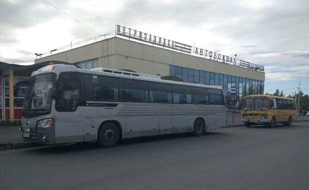 Авторейсы в Санкт-Петербург из Петрозаводска отменили на неделю