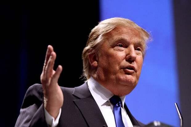Трамп приедет на границу США с Мексикой в конце месяца