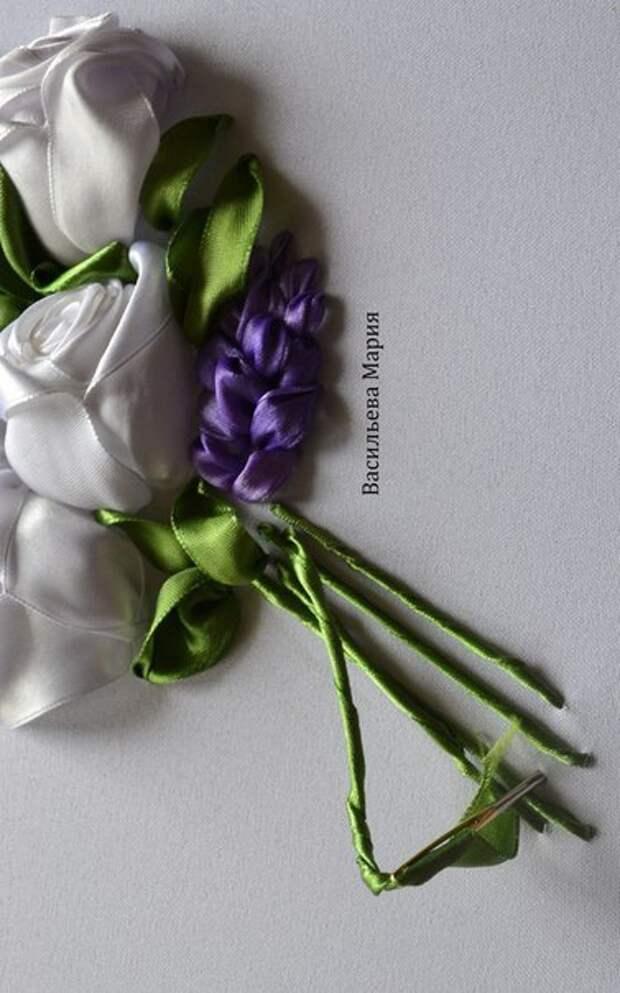 """Вышиваем лентами """"Букет белых роз"""" - МК в фото от Васильевой Марии"""