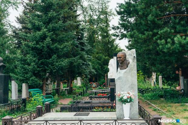 Захоронение героев и почетных омичей: история Старо-Северного кладбища