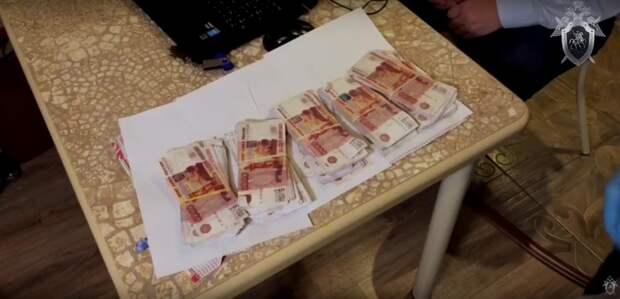 В Севастополе при получении особо крупной взятки схвачен проректор вуза