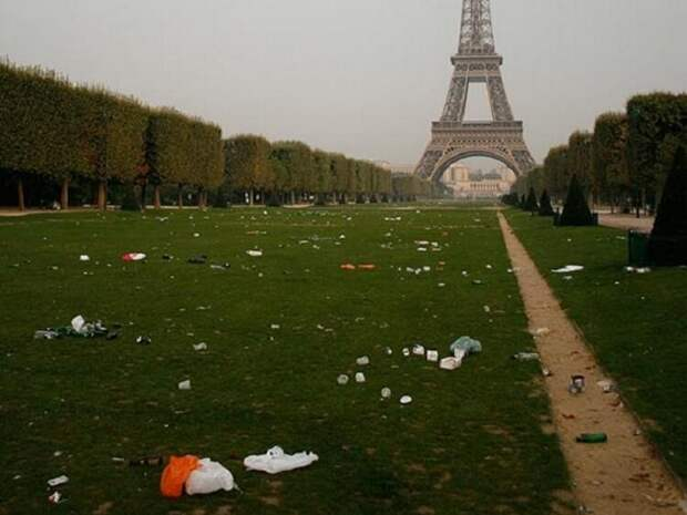 Фотографии из ада - бывшего Парижа, столицы Франции