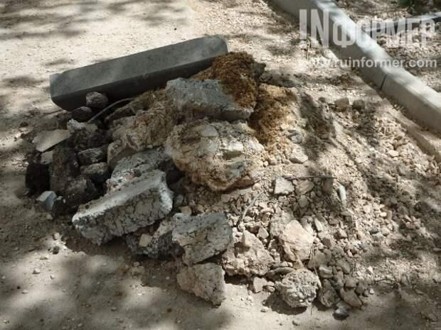 Севастопольский двор «на руинах»