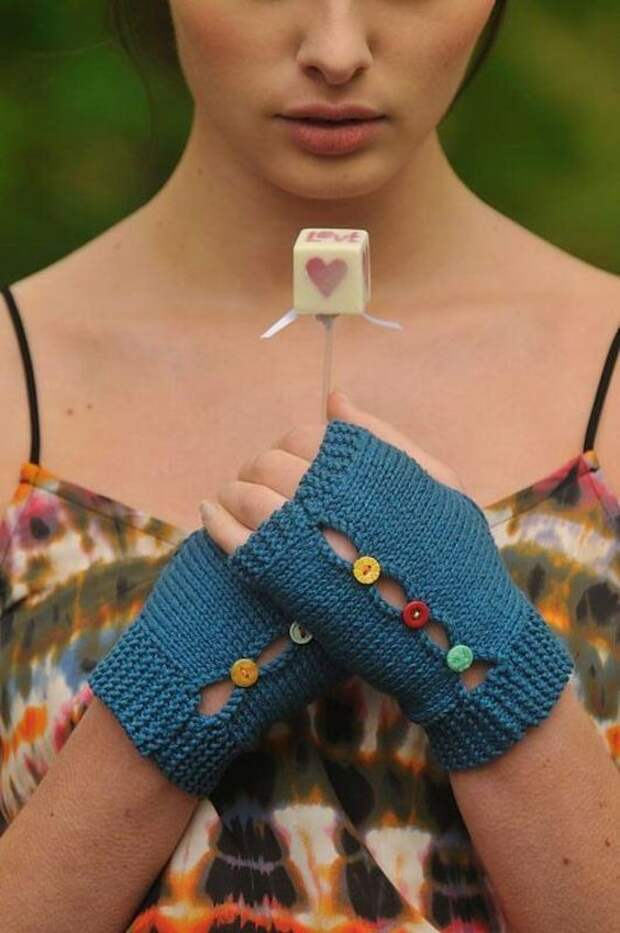 вязаные варежки перчатки и митенки необычные своими руками идеи фото
