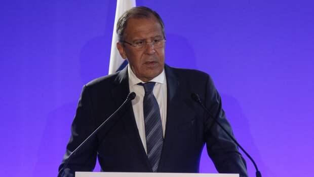 Лавров назвал символическим жестом возвращение послов России и США