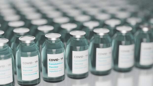 Латвия хочет продать излишки ненадежной вакцины AstraZeneca