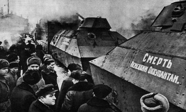 использовались для перевозки груза, поддержки огнем и доставки десанта.  Фото: fotowarmotors.ru.