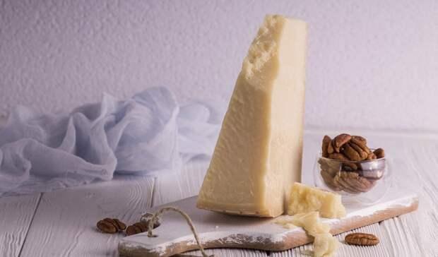 Запрещенными кввозу итальянским сыром иукраинской колбасой торговали вРостове