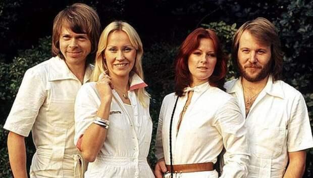 Группа ABBA, не выпускавшая новых песен почти 40 лет, возвращается